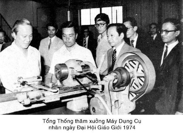 Giáo dục thời Việt Nam Cộng Hòa - Page 4 GD037