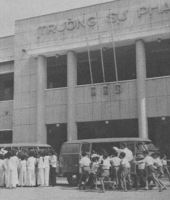 Giáo dục thời Việt Nam Cộng Hòa - Page 4 GD038
