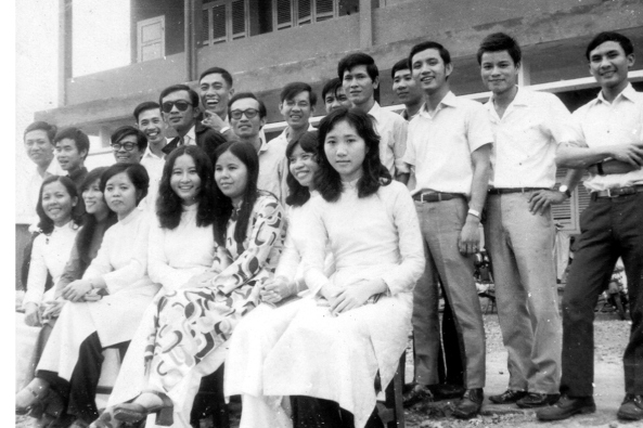 Giáo dục thời Việt Nam Cộng Hòa - Page 4 GD055