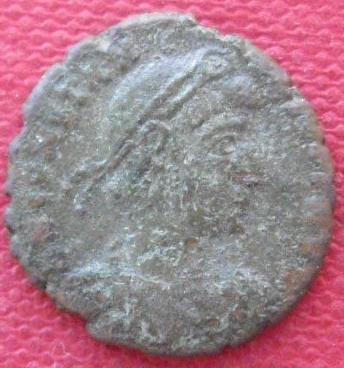 Nummus de Constance II 8cba726a-215e-4318-a3f9-0a93e6debecf