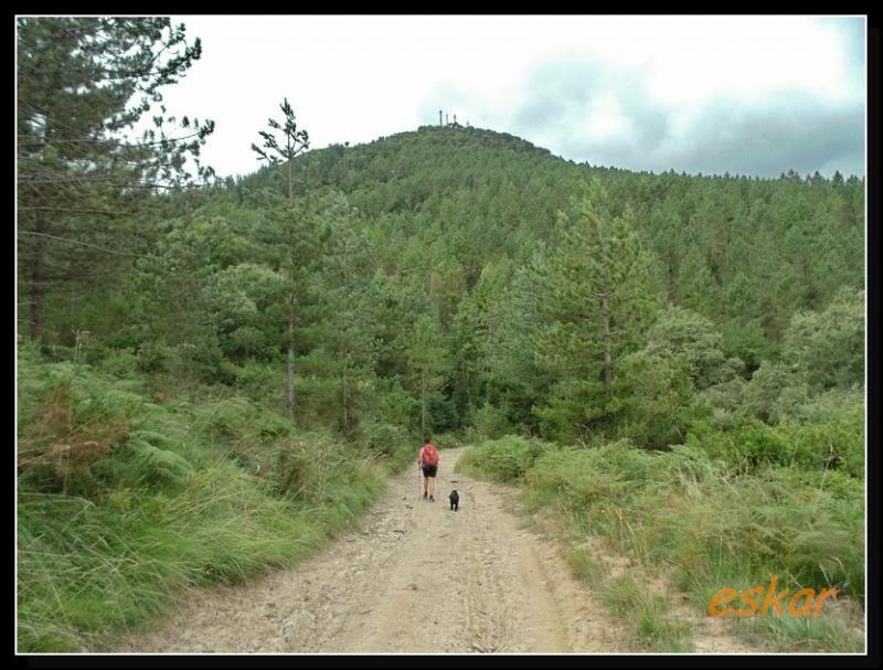 MONTENEGRO 692 MTS desde santa coloma (ARTZINIEGA) M48