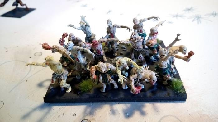 [KoW] Mon armée Undead Zombie%20petit