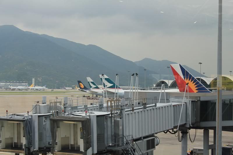 Chek Lap Kok Airport  IMG_2226camera