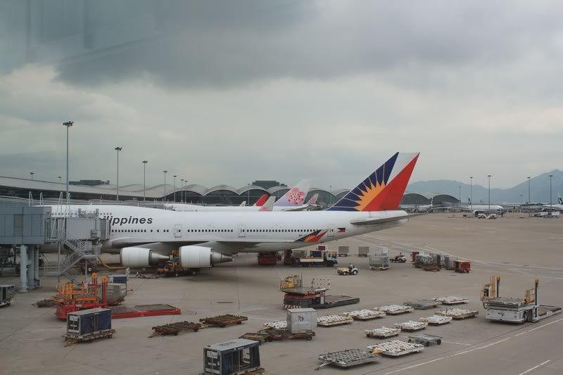 Chek Lap Kok Airport  IMG_2233camera