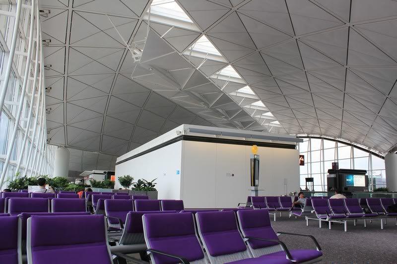 Chek Lap Kok Airport  IMG_2245camera
