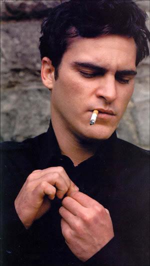 """""""Yo nunca olvido una cara...""""    Relaciones de Giovanni Costello Joaquin_phoenix_front"""