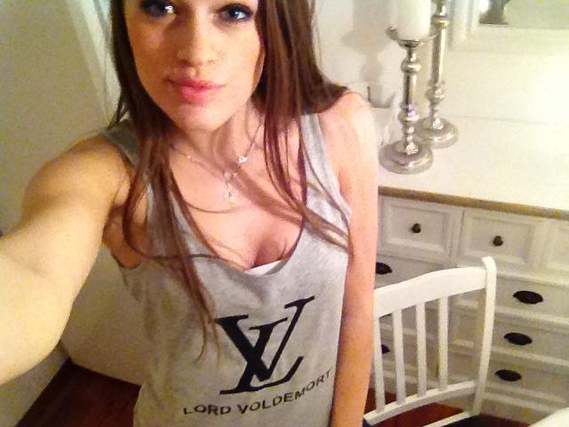 Les t shirts à message IMG_0408_zpsa39726e5