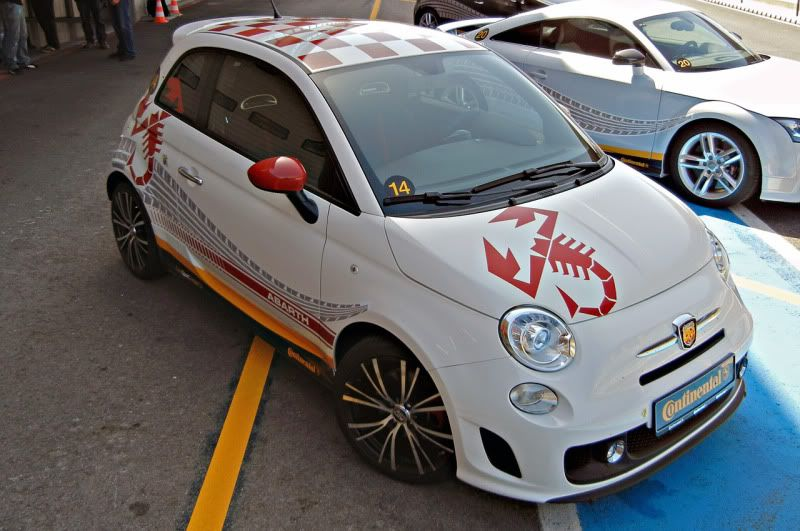 FIAT 500 ABATH 2012-Fiat-Abarth-picture