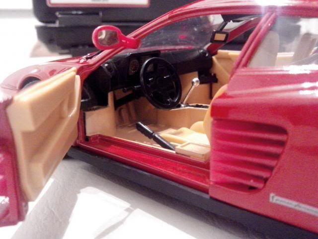 Ferrari Testarossa 1/18. IMG_20140314_221637