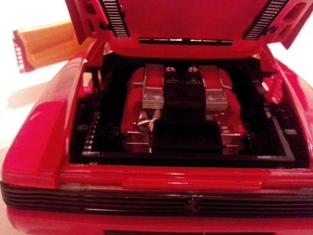 Ferrari Testarossa 1/18. IMG_20140314_221656