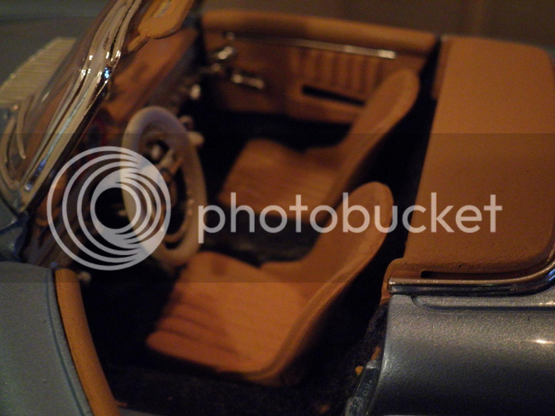 MERCEDES BENZ 300 SL ROADSTER JUAN MANUEL FANGIO- P2200789