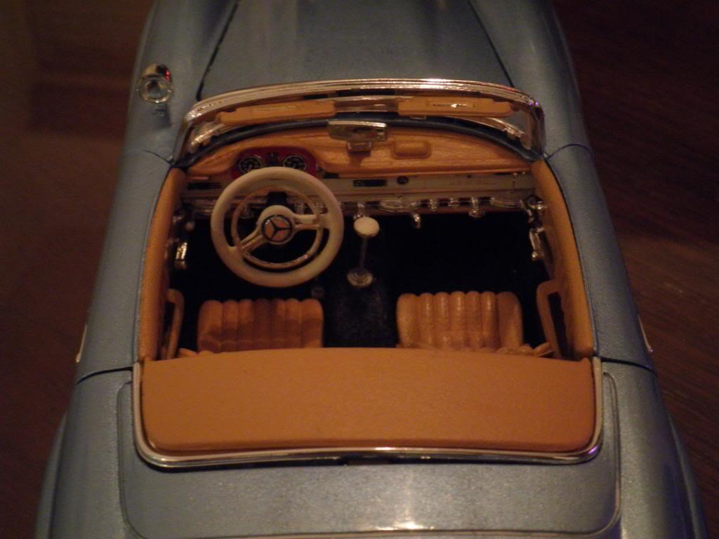 MERCEDES BENZ 300 SL ROADSTER JUAN MANUEL FANGIO- P2200804