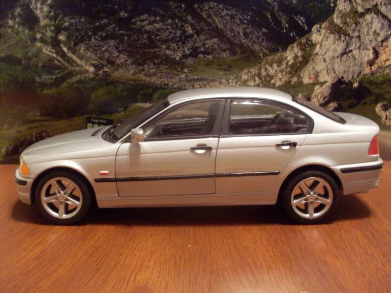 BMW 328 1/18 SDC16416