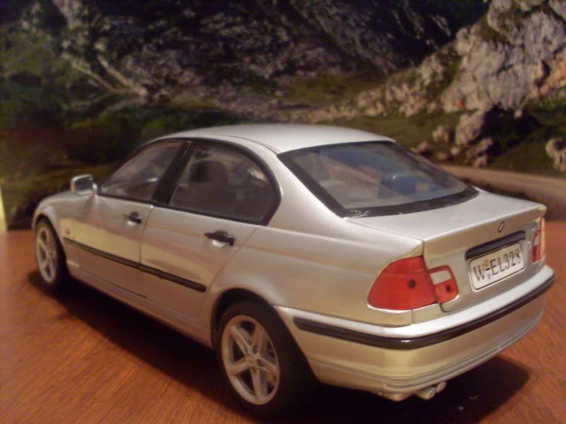 BMW 328 1/18 SDC16417