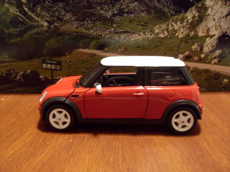 Mini Cooper 2005. SDC17038