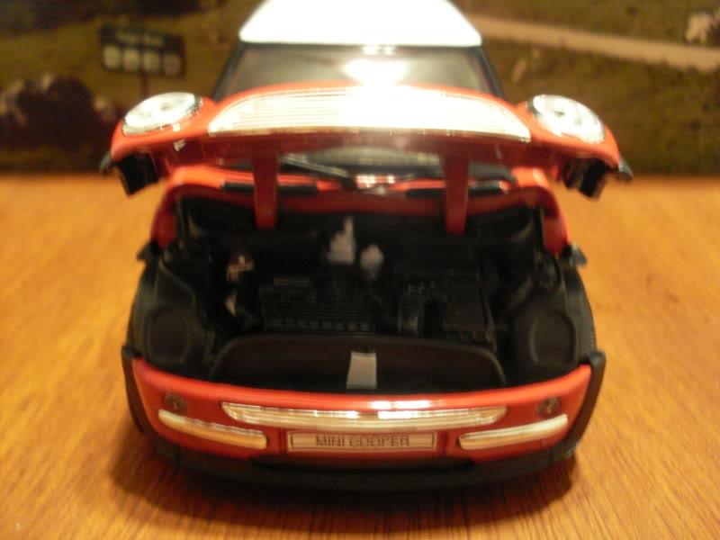Mini Cooper 2005. SDC17055