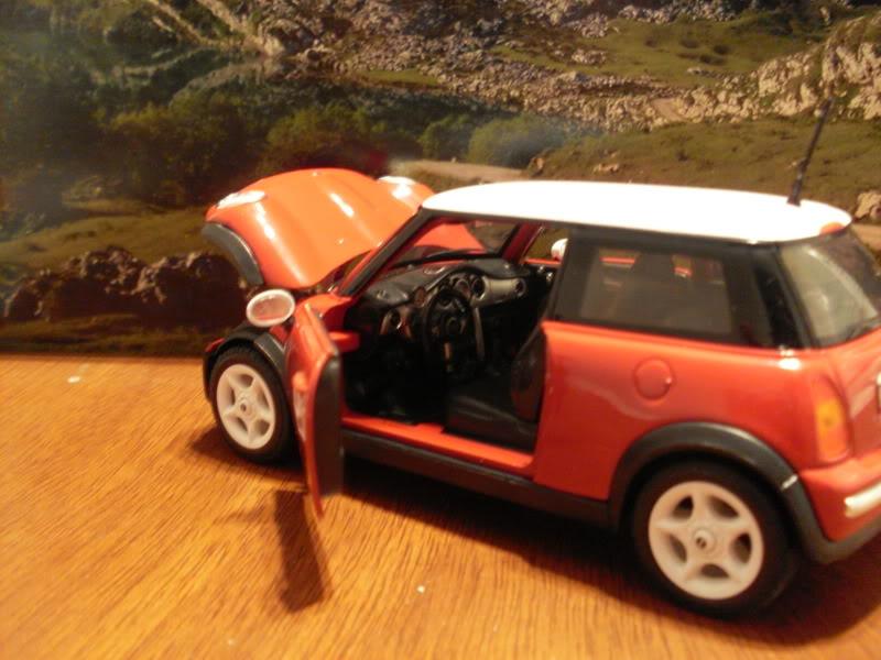 Mini Cooper 2005. SDC17056