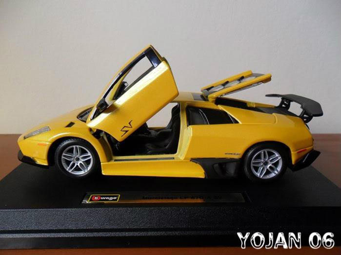Lamborghini Murcielago LP670-4 SV, escala 1:24 SAM_0208