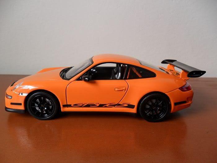 Porsche 911 GT3 RS, escala 1/24 SAM_0352