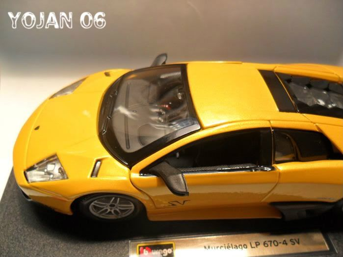 Lamborghini Murcielago LP670-4 SV, escala 1:24 SAM_0684