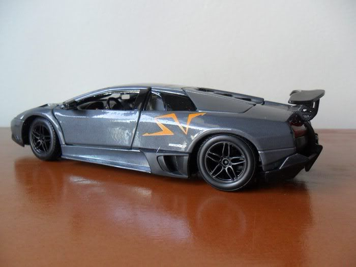 Lamborghini Murcielago LP670-4 SV China Limited Edition 1/24 SAM_1711
