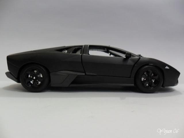 Lamborghini Reventon, escala 1:24 SAM_2169