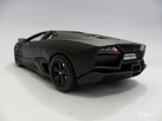 Lamborghini Reventon, escala 1:24 SAM_2170