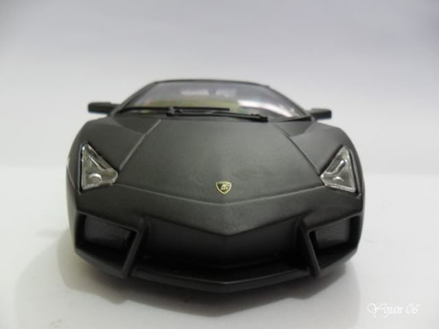 Lamborghini Reventon, escala 1:24 SAM_2174