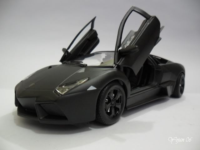 Lamborghini Reventon, escala 1:24 SAM_2177