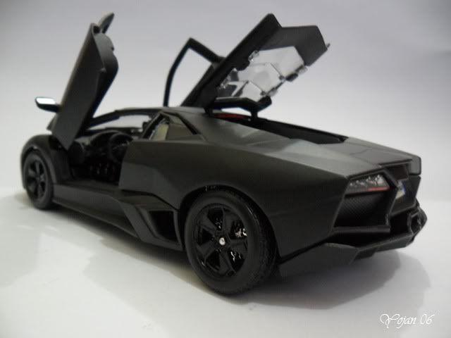 Lamborghini Reventon, escala 1:24 SAM_2185