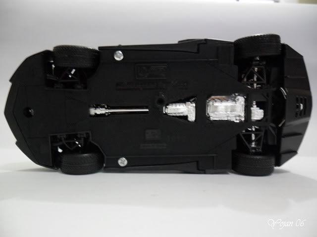 Lamborghini Reventon, escala 1:24 SAM_2189