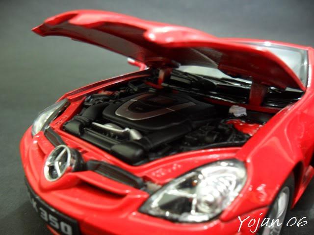 Mercedes Benz SLK 350, escala 1:24 SAM_2368