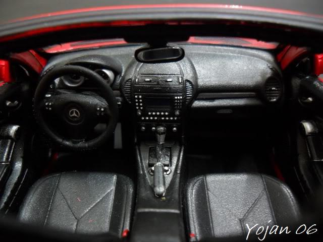 Mercedes Benz SLK 350, escala 1:24 SAM_2370