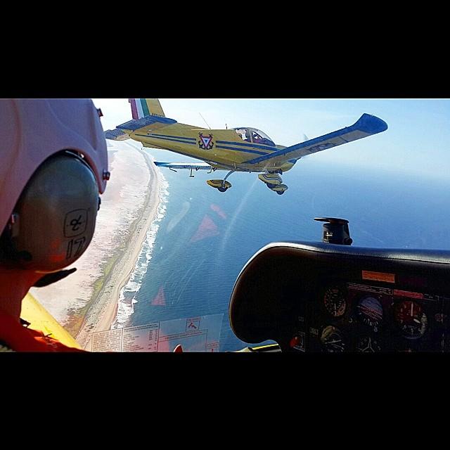 Adquisición de 10 nuevos aviones Zlin 242L para Adiestramiento Basico SEMAR - Página 7 10525516_1511845662382702_1986235635_n_zps6bd35e3b