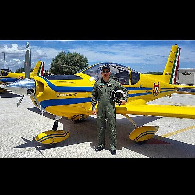 Adquisición de 10 nuevos aviones Zlin 242L para Adiestramiento Basico SEMAR - Página 7 10584671_316891818482132_1145750874_n_zps45e049ea