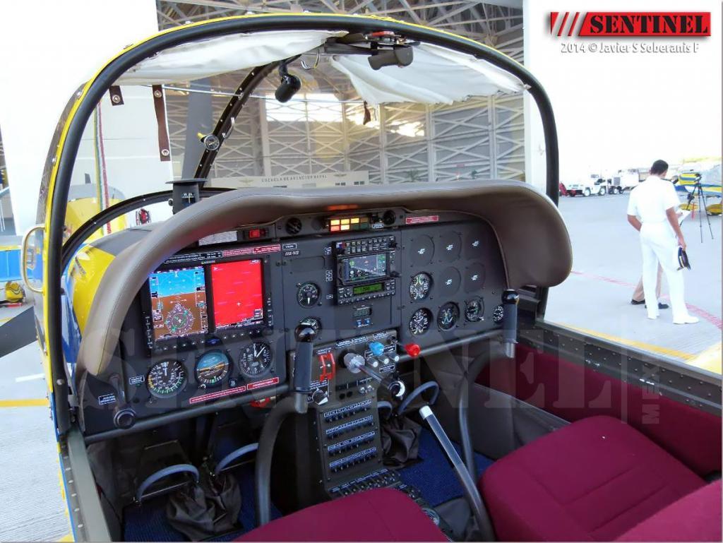 Adquisición de 10 nuevos aviones Zlin 242L para Adiestramiento Basico SEMAR - Página 8 10371318_509351112501880_3995626249076019660_o_zps0021dcbb