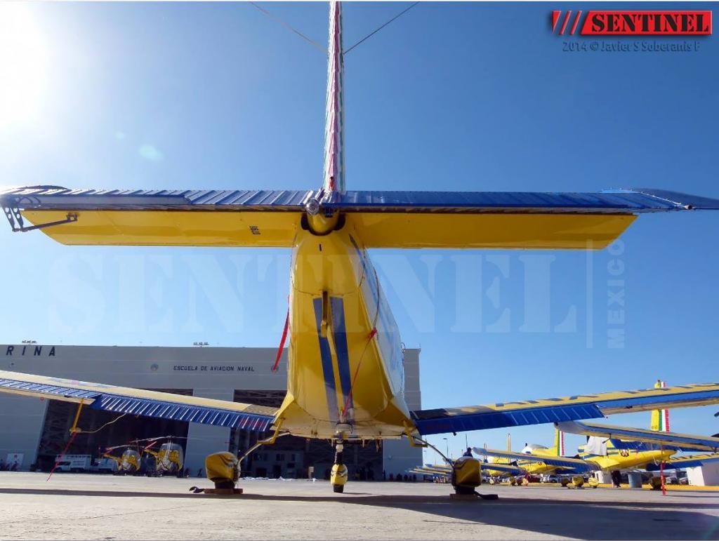 Adquisición de 10 nuevos aviones Zlin 242L para Adiestramiento Basico SEMAR - Página 8 10380246_509352299168428_4471385609222507870_o_zps6934f7a8