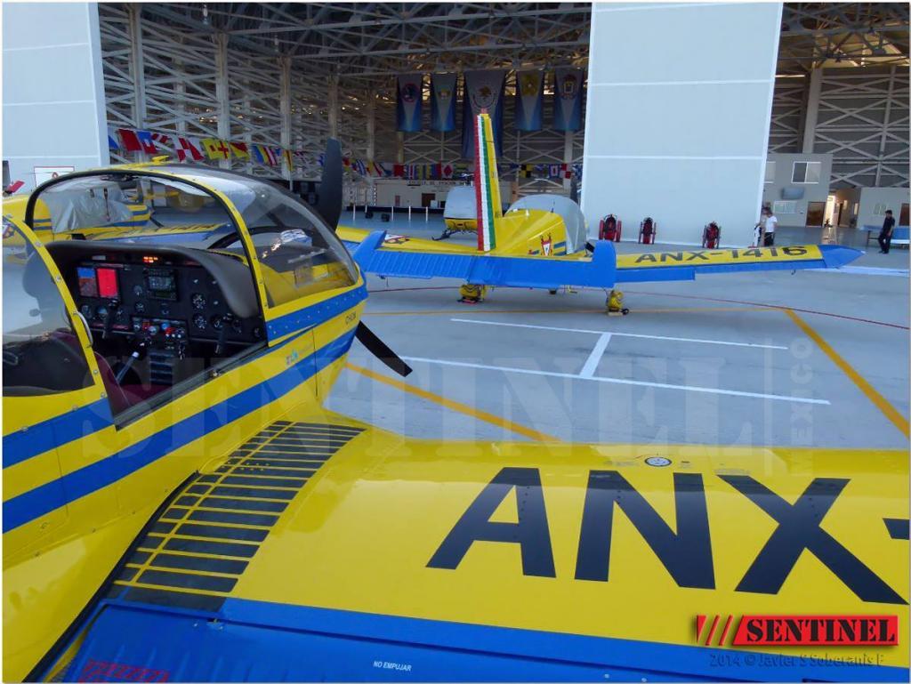 Adquisición de 10 nuevos aviones Zlin 242L para Adiestramiento Basico SEMAR - Página 8 10649079_509351265835198_4447391705419736517_o_zps102dbb96