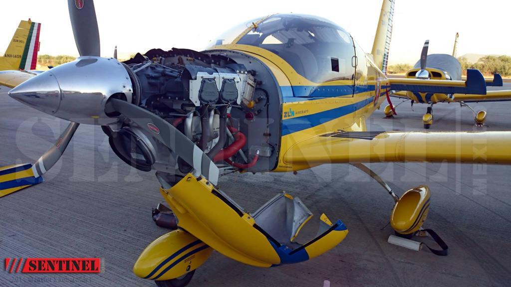Adquisición de 10 nuevos aviones Zlin 242L para Adiestramiento Basico SEMAR - Página 8 1957784_509350459168612_8888149732531966101_o1_zpsdc391baf