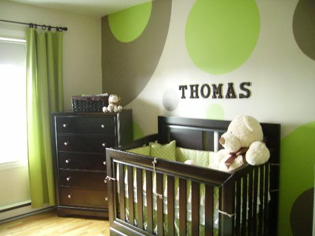 Pour vous : Idée de déco chambre bébé 28599_398268117762_147464742762_4341611_6993199_n