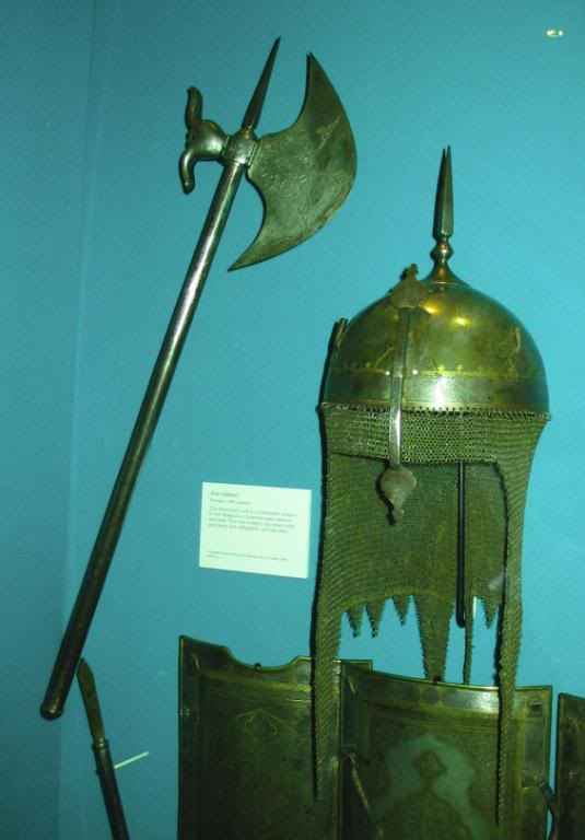Guerrier Moghol 17-18ème siècle 75mm - Terminé IranianTabarandkulah-khud_RA_030_zps34444c43