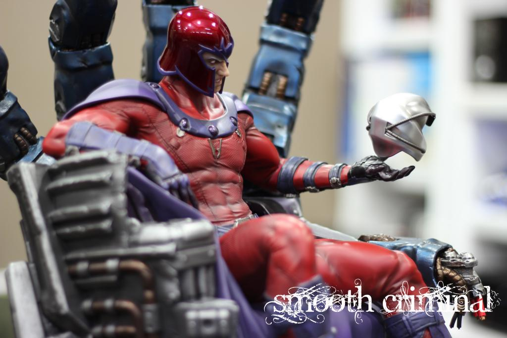 Premium Collectibles : Magneto on Sentinel Throne - Page 13 MAG19_zps57fcbb52