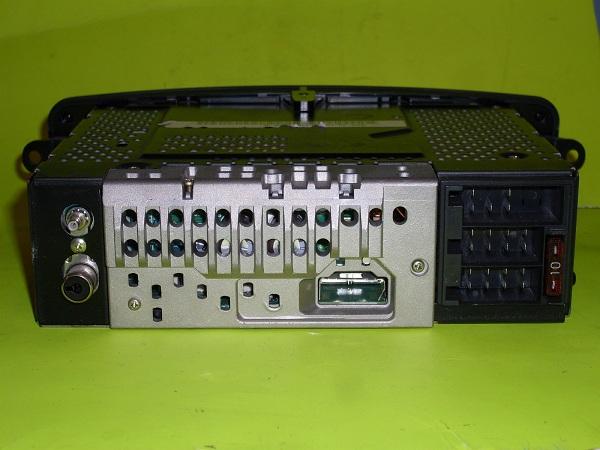 (SONORIZAÇÃO): Rádio/toca-fitas  código CM1010 para doação - compatível W203 T2eC16RzoE9s5ne3cqBRwSgpe7Y60_57-Coacutepia_zps273b03b9