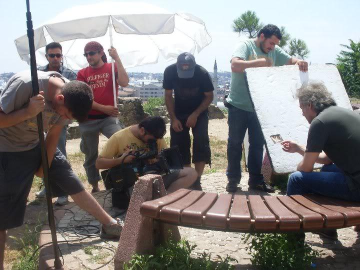 Ezel - serial turcesc difuzat pe  ATV  TR - Pagina 28 40242_1535854126237_1531356639_31328916_5302476_n