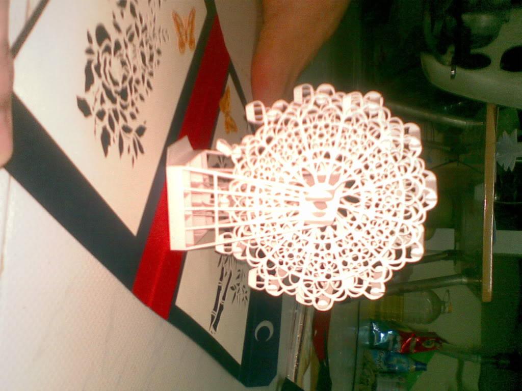 Kirigami ,nghệ thuật từ giấy !!! 05042011075