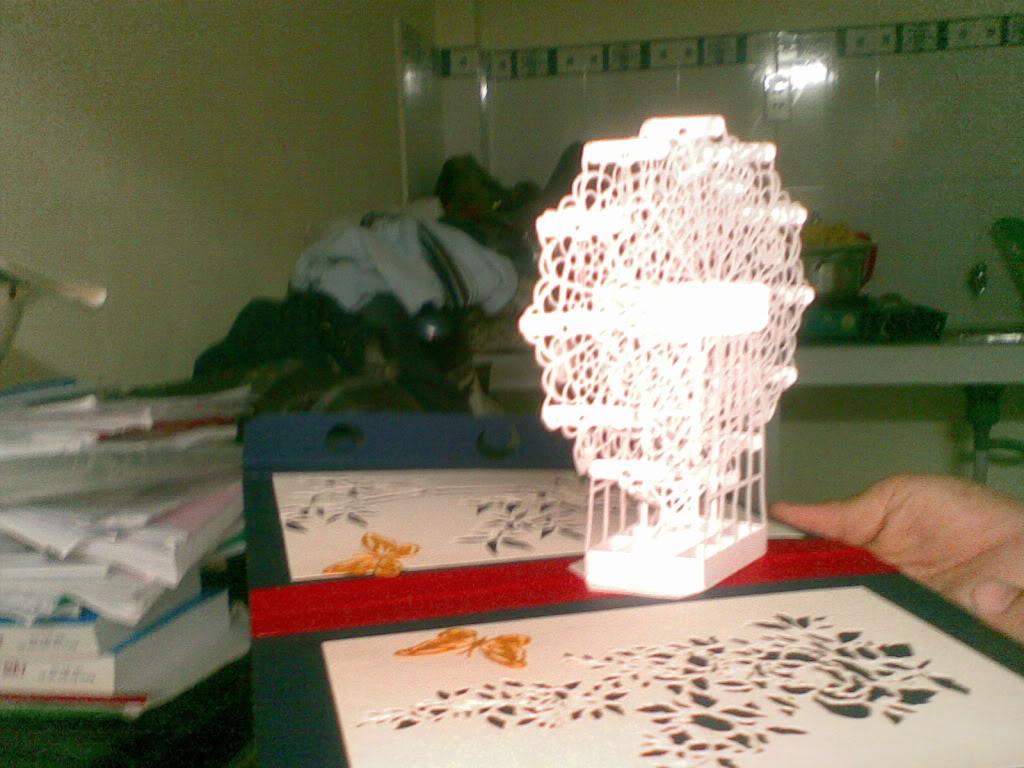 Kirigami ,nghệ thuật từ giấy !!! 05042011077