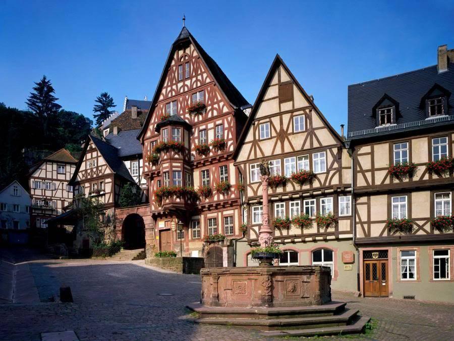 Gradovi sirom sveta SchnatterlochMiltenbergBavariaGermany
