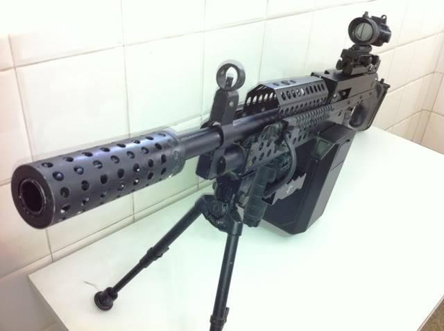 Uma verdadeira S.A.W. : A5 M249W IMG_1168