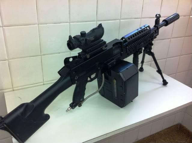 Uma verdadeira S.A.W. : A5 M249W IMG_1170