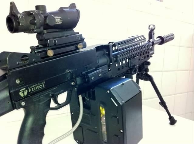 Uma verdadeira S.A.W. : A5 M249W IMG_1172